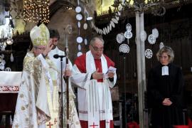 Bischof Salinas beim deutschsprachigen Weihnachtsgottesdienst in der Kathedrale von Palma de Mallorca.