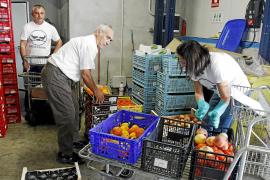 Lebensmittel für Bedürftige zu sammeln und zu verteilen gehört zu den beliebtesten ehrenamtlichen Tätigkeiten auf Mallorca.