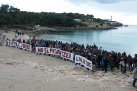 Protestmarsch gegen Leuchtturm-Projekt