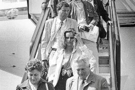 Die ersten Urlauber aus der DDR beim Eintreffen in Palma de Mallorca.