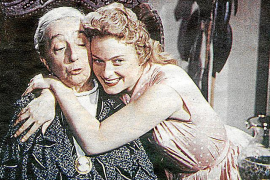 """Die einstige Schauspielerin als Angela in """"Die Mädels vom Immenhof"""" mit ihrer Film-Oma Margarete Haagen."""