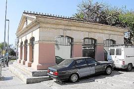 Sinnvoll: Das ehemalige Waschhaus mit seinen Art-déco-Anleihen, Avinguda Argentina, wird heute als Tourist-Information genutzt