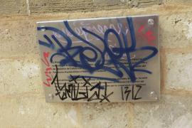 Graffitis an der Baluard del Príncep