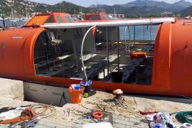 """Einige der verwendeten Rettungsboote der """"Sorrento"""" in Port d'Andratx."""