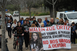 Nur noch wenige Angehörige und Freunde demonstrieren für Malen Ortiz.