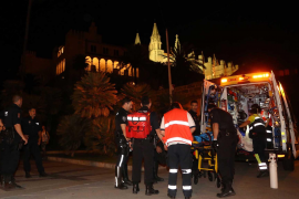 Rettungskräfte versorgten den schwerverletzten Mann