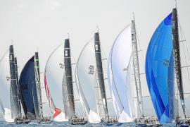 Königsklasse segelt vor Mallorca
