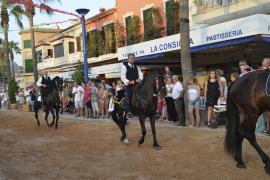 Der Reiterumzug in Port d'Andratx auf Mallorca.