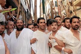 Die Christen warteten auf der Plaça  de l'Almoina auf die Angreifer.