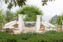 Der Gäste-Sitzplatz von S'Estaca auf Mallorca.