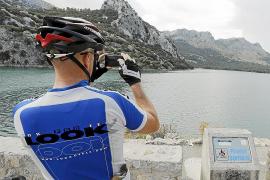 Stausee Gorg Blau im Tramuntana-Gebirge versorgt Palma im Sommer mit Trinkwasser
