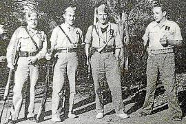 Gabriel Fuster, 2.v.l., nahm als Kanonier aufseiten des Inselmilitärs an den Kämpfen bei Manacor teil. Foto aus Familienbesitz.