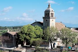 Sorge um Kirchturm in Randa