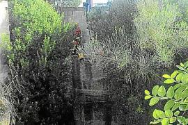 Zehn Meter tief ist der Schacht in Muro, Mallorca, in den die 21-Jährige gefallen ist.