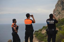 Polizisten dokumentierten die Rettungsaktion