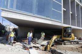 Bei den Bauarbeiten in Palma de Mallorca brach ein Abwasserrohr.