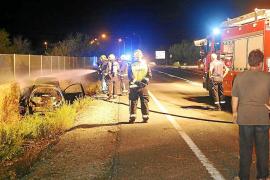 Junge Frau aus brennendem Auto gerettet