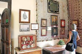 In Son Marroig hängen Gemälde und Porträts, die den Erzherzog und seine Gefolgschaft zeigen