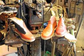 Die meisten Schuhe sind Maßarbeit. Kunden von Calçats Salleras sind vor allem Ausländer.