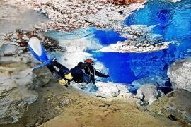 Die Unterwasserhöhle Cova des Coll bietet zahlreiche sehenswerte Hohlräume