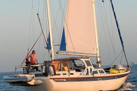 Das Seegelboot der mallorquinischen Familie ist 15 Meter lang