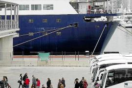 Die Passagiere von Kreuzfahrtschiffen müssen einen Euro pro Tag bezahlen, in einem ersten Entwurf waren zwei Euro vorgesehen.O M