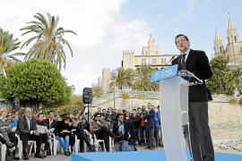 Mariano Rajoy, spanischer Ministerpräsident und Parteichef der Konservativen PP, Jahrgang 1955, bei der Kundgebung am Mittwoch i