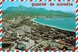 Eine Postkarte bewarb Los Lagos kurz nach der Erbauung als Urlaubsparadies.