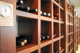 Der Weinkeller im Castillo Hotel Son Vida auf Mallorca.