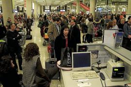Wilder Fluglotsenstreik landet wieder vor Gericht