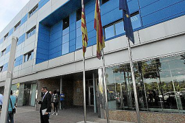 Aus Platzgründen tagt das Gericht in den Räumen der balearischen Verwaltungshochschule im Industriegebiet Son Rossinyol.