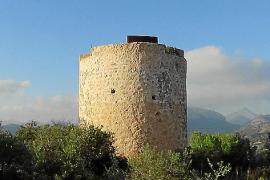 Die Sanierung des Turms am Cap Andritxol finanzierte vor Jahren Claudia Schiffer.