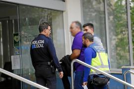 Bei der letzten Hausdurchsuchung in den Räumen der Lokalpolizei von Palma de Mallorca.