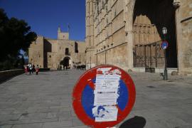 Der Platz vor der Kathedrale ist seit 1. Februar Parkverbotszone