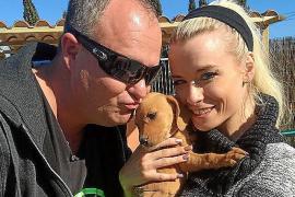 DJ Düse hat ein großes Herz für kleine Hunde