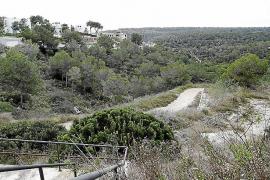 Das Grundstück befindet sich in der Urbanisation Sol de Mallorca