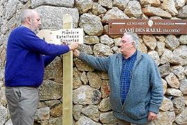 Inselrats-Präsident Miquel Ensenyat (links) und Banyalbufars Bürgermeister Mateu Ferrà.