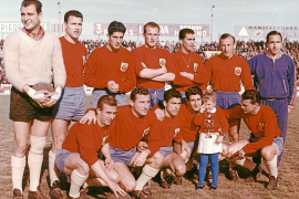 Dieses Team stieg 1959/60 zum ersten Mal in die Primera División auf.