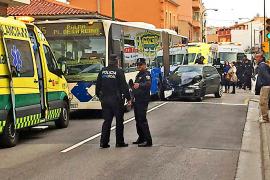 Verletzte bei Unfall mit Bus der Linie 15
