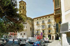 So sieht die Plaça del Mercat derzeit aus ...