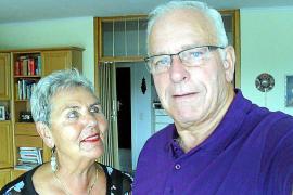 Die Radsportfans Ruth und Klaus Reutter haben sich während ihres Urlaubs auf Mallorca auf die Suche nach Timoner begeben und hat