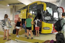 Benimmregeln für Passagiere von Überlandbussen