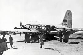 Der Erstflug startete am 29. März 1956 nach Jerusalem.
