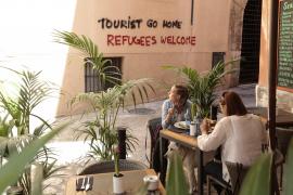 Palmas OB empört über tourismusfeindliche Graffti