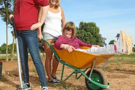 Sind stolz, zu den Begründern des neuen Sinnesparks zu gehören: Jenny Cöllen, Mira Steffan und Svenja Roth.