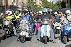 Auch auf Mallorca gibt es viele Vespa-Fans