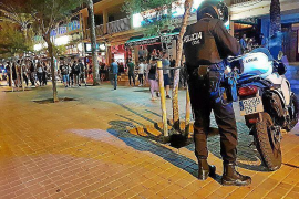Polizei nimmt Straßenhändler an der Playa ins Visier