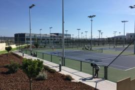 Nadals Privatschule eröffnet im September
