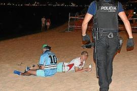 Polizei verhängt über 100 Geldbußen am Ballermann