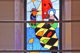 Die Darstellung biblischer Motive besticht durch seine kräftige Farbgebung
